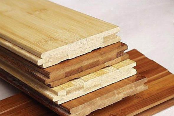 铺设安装工作量大,不易维护以及地板宽度方向随相对